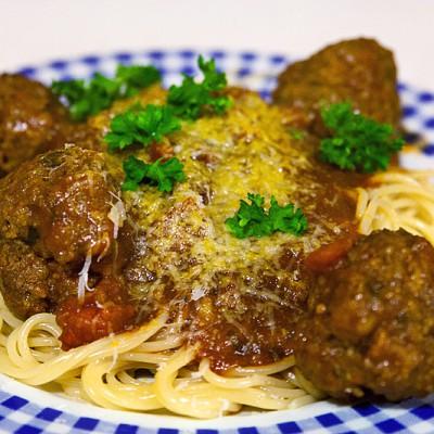 Spaghetti og kjötbollur
